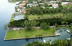 Photo of vacant land/lot in Coconut Grove Florida