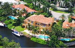 Photo of waterfront home in Coral Gables Florida
