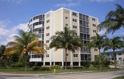 Photo of Crandon Tower Waterfront Condo in Key Biscayne FL