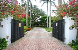 Photo of Longview Villas in Coconut Grove Florida