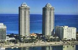 Photo of Green Diamond Waterfront Condo in Miami Beach FL