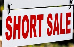 Photo of short sale sign in Pinecrest Florida