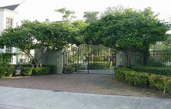 Photo of Arboretum In The Grove townhouses in Coconut Grove Florida